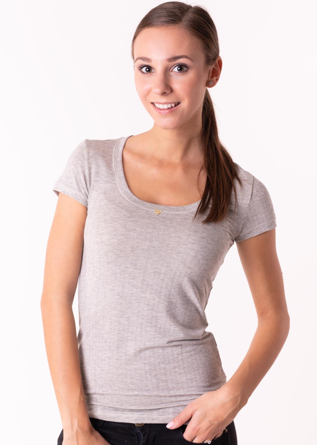 eb4ce7e65028 Dámske tričko Emporio Armani 164108 8A224