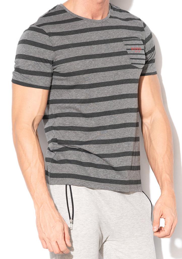 3de9e66533 Pánské tričko Guess U84I02